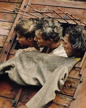 """Gedeon Burkhard als Boxer Henry kämpft ums Überleben (""""Der letzte Zug"""", 2006)"""