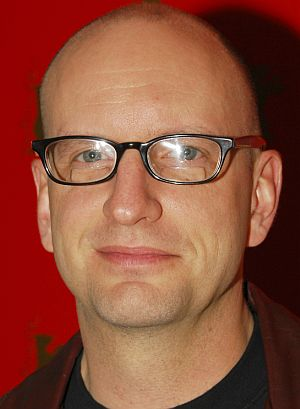 Steven Soderbergh verteidigt den guten Deutschen auf der Berlinale PK (2007)