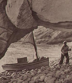 Herbert A.E. Böhme strandet auf einer einsamen Insel