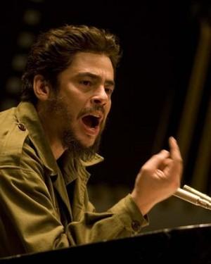 Benicio Del Toro als Che Guevara