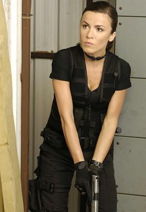 "Natalia Avelon wehrhaft in ""Far Cry"""
