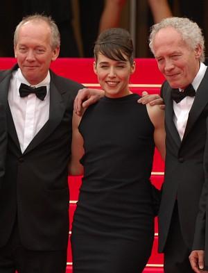 Jean-Pierre (links) und Luc Dardenne mit Arta Dobroshi