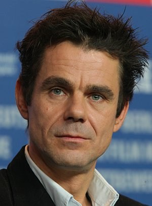 "Tom Tykwer auf der Pressekonferenz zu ""The International"""
