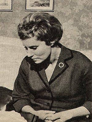 Antje Weisgerber als Schauspiellehrerin