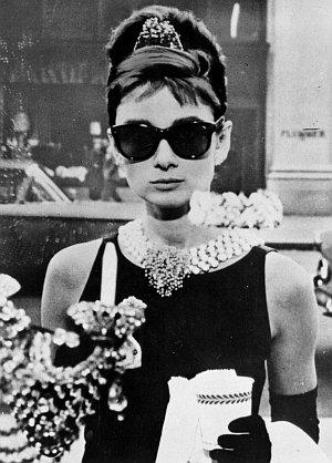"""Stilikone Audrey Hepburn in """"Frühstück bei Tiffany"""" 1961"""