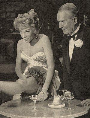 """Shirley MacLaine und """"Oldtimer"""" Maurice Chevalier"""