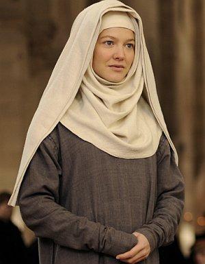 """Hannah Herzsprung als Nonne in: """"Vision - Aus dem Leben der Hildegard von Bingen"""""""