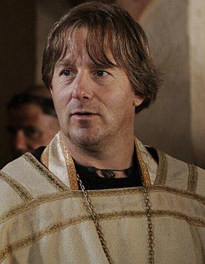 Heino Ferch als Priester zur Zeit von Hildegard von Bingen