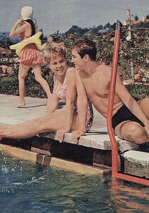 Conny Froboess und Rex Gildo genießen den Sommer