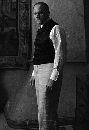 Ulrich Tukur als Baron