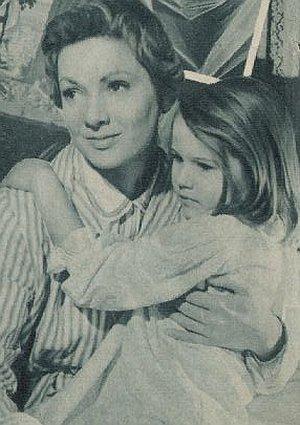 "Ruth Leuwerik als Novizin Maria in ""Die Trapp-Familie"""