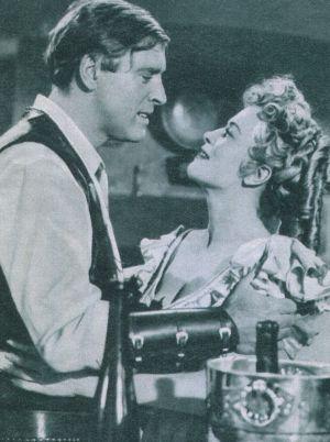 Erin (Burt Lancaster) und die Adlige Maria (Denise Darcel) nähern sich an