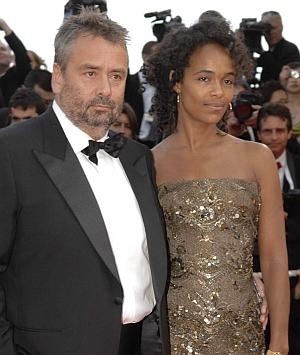 Luc Besson mit Ehefrau auf dem Filmfest von Cannes (2007)