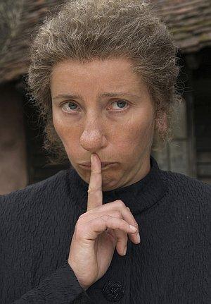 Emma Thompson bringt Kinder zum Schweigen