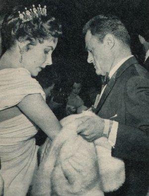 Elizabeth Taylor und Ehemann Michael Todd in Cannes