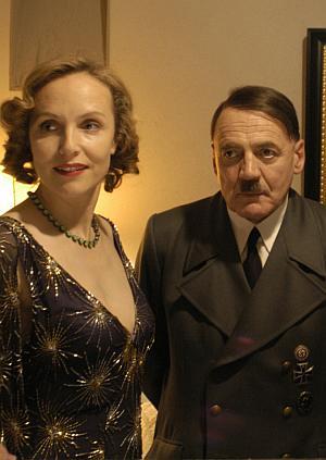 Bruno Ganz - hier mit Juliane Köhler - in seiner schwierigsten Rolle