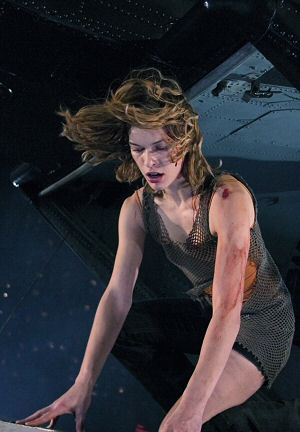 Milla in Teil 2 der Spieleadaption Resident Evil
