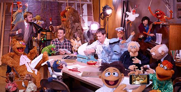 "Jason Segel in ""Die Muppets"""