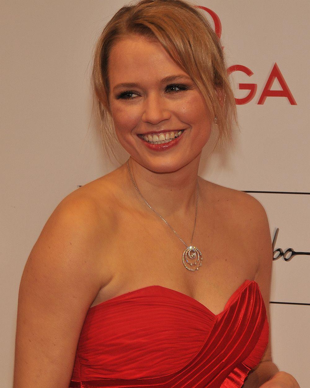Nova Meierhenrich auf dem 39. Deutschen Filmball 2012