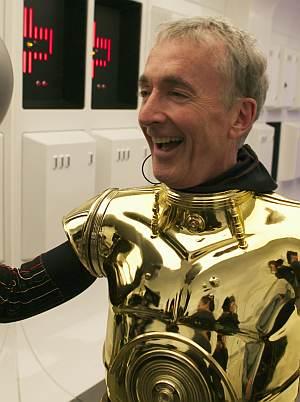 """""""C-3PO gibt's auch als Tesafilm-Spender"""""""