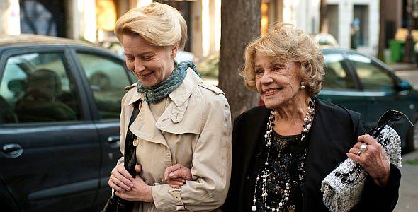 Eine Dame in Paris (quer) 2012