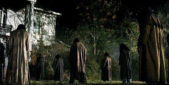 Dark House (quer) 2014