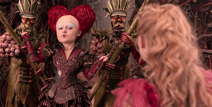 """Helena Bonham Carter in """"Alice im Wunderland: Hinter den Spiegeln"""" (Alice in Wonderland: Through the Looking Glass, 2016)"""