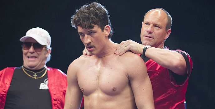 """Ciarán Hinds, Miles Teller & Aaron Eckhart in """"Bleed for This"""" (2016)"""