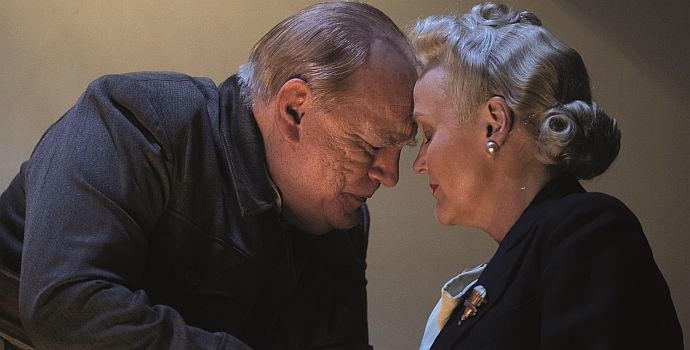 "Brian Cox mit Miranda Richardson in ""Churchill"" (2017)"