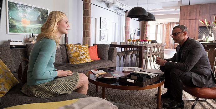 """Elle Fanning & Liev Schreiber in """"A Rainy Day in New York"""" (2019)"""