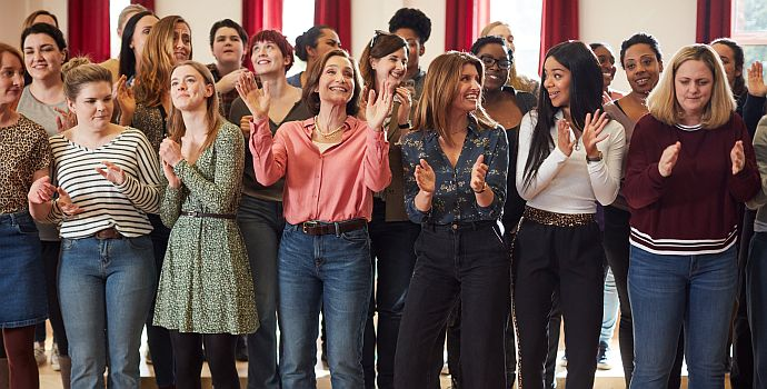 "Mrs. Taylor's Singing Club (""Military Wives"", 2019)"