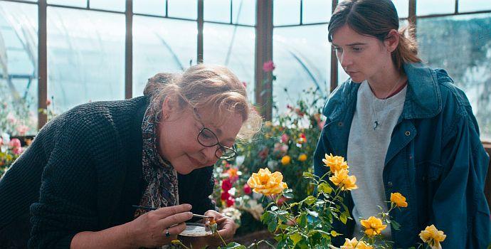 """Der Rosengarten von Madame Vernet (""""La fine fleur"""", 2020)"""