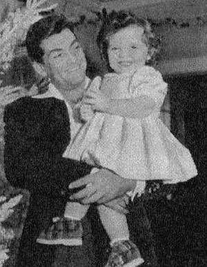 Jean Marais und Christina, die kleine Tochter seines Schlossdieners.