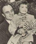 Yasmin mit ihrem Vater Ali Khan