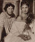 Peter Ustinov und Patricia Laffan