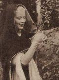 Susan Shentall im Klostergarten