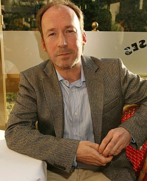 """Ulrich Noethen bei der Premiere zu """"Verliebt in die Braut"""""""