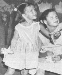 Quick, 11.10.1953, jg. 6, S3, Rita Hayworths Kinder, Jasmin, Rebecca (Retro01)