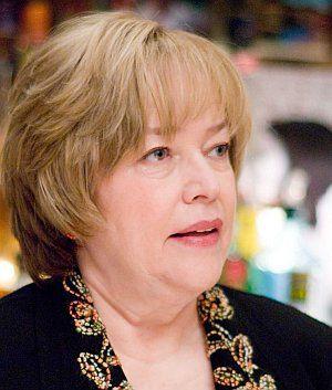 Kathy Bates, P.S. Ich liebe Dich (Szene 30) 2007