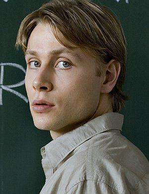 Max Riemelt, 13 Semester (Szene) 2009