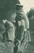 Hanussen (O.W.Fischer) wird als Jude enttarnt und hingerichtet