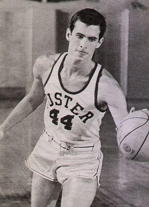 """Anthony Perkins als begnadeter Basketballer in """"Je länger, je lieber"""""""