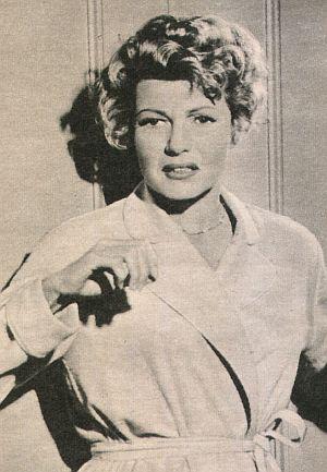Film Revue, Dezember 1959, Jahrgang 13, Nr.25, S. 46,  Rita Hayworth, Sensation auf Seite eins (retro)