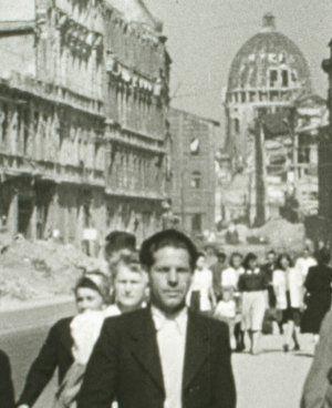 München 1945 - Zwischen gestern und morgen (Szene) 1945