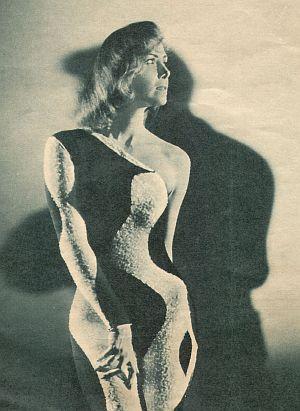 Film Revue, 06. Januar, 1959, Jahrgang 13, Nr.1, S. 6, Margit Nünke, Geliebte Bestie (Retro)