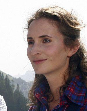 Alexandra Schiffer, Eine Sennerin zum Verlieben (Szene 13) 2010