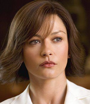 "Catherine Zeta-Jones in ""Ocean's Twelve"""