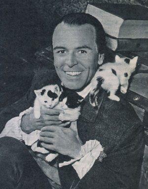 O.W. Fischer mit seinen Mietzekätzchen