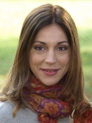 Claudia C Tscharre