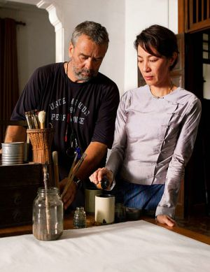 """Luc Besson und Michelle Yeoh am Set von """"The Lady - Ein geteiltes Herz"""""""